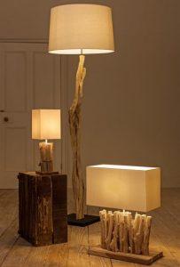 lampadaire en bois