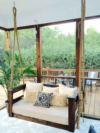 Armoires de jardin, fauteuils et balançoires