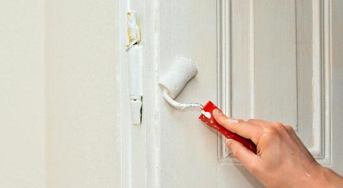 Renouveler les portes avec le décapage