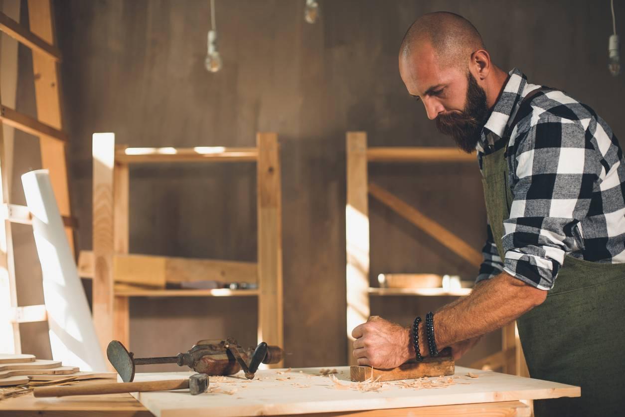 trouver un artisan ébéniste