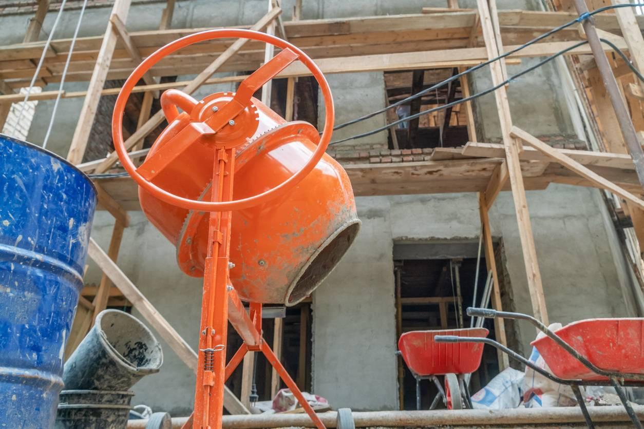 location de machines pour des travaux publics : la bétonnière