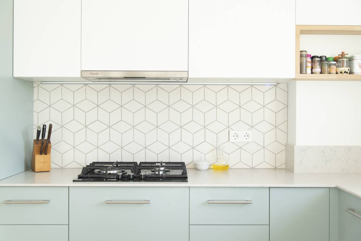rénovation de la cuisine, optez pour les stickers carrelage
